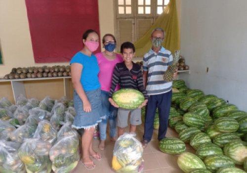 ALIMENTAÇÃO ESCOLAR | Governo distribui kits da agricultura…