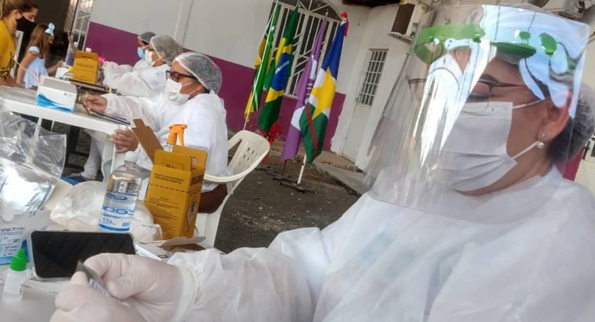 TESTAGEM COVID-19 | Mais de 600 moradores realizaram o teste rápido nos bairros Cidade Satélite e Cambará neste sábado