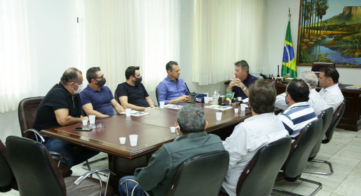 PRODUÇÃO DE SOJA E SUÍNOS | Denarium recebe empresários gaúchos interessados em investir no setor agropecuário