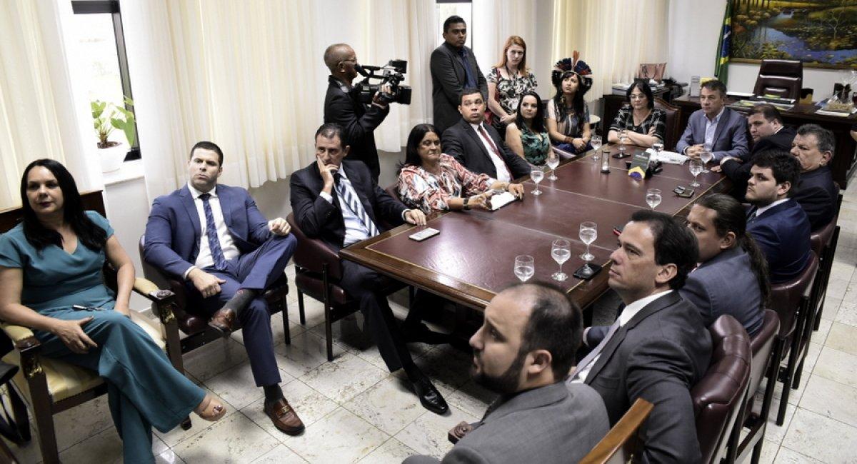 IMIGRAÇÃO VENEZUELANA   Governador e deputados recebem ministra Damares Alves e pedem medidas mais efetivas