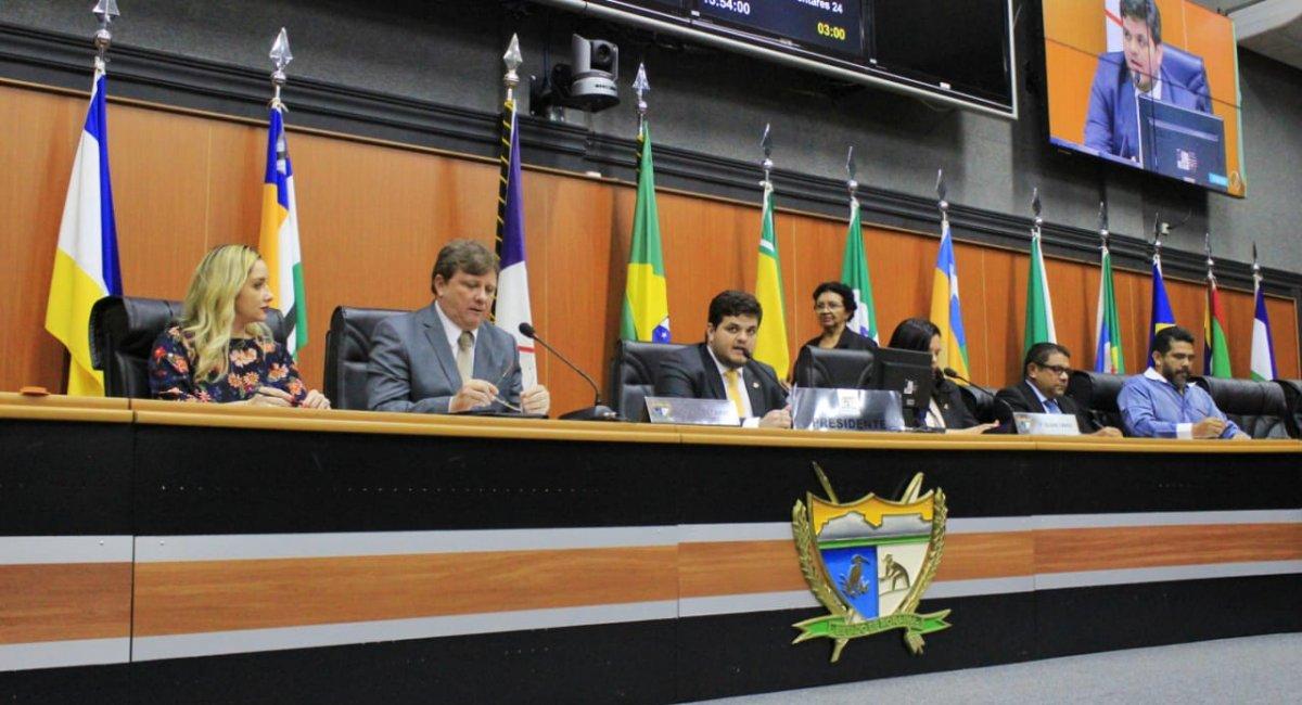 PRESTAÇÃO DE CONTAS   Secretário apresenta gastos e investimentos feitos pela Sesau