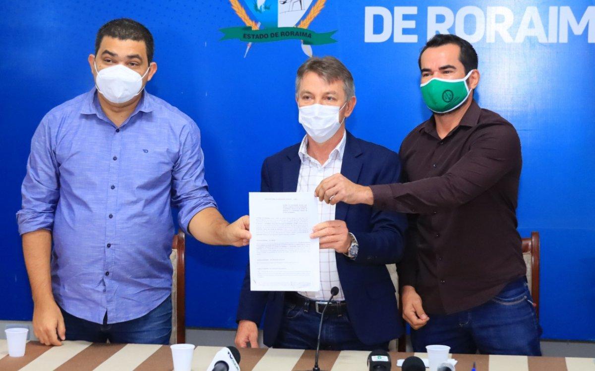 EX-TERRITÓRIO | Governo assina convênio com ALE e Defensoria e cria Força Tarefa para ajudar enquadramento