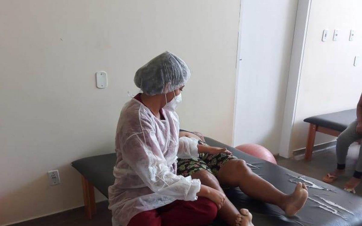 PREVENÇÃO À OSTEOPOROSE   Exercícios e alimentação equilibrada contribuem para evitar avanço da doença